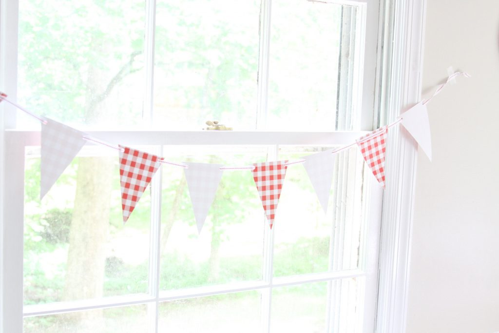 Red and White Gingham banner for summer entertaining and backyard BBQs