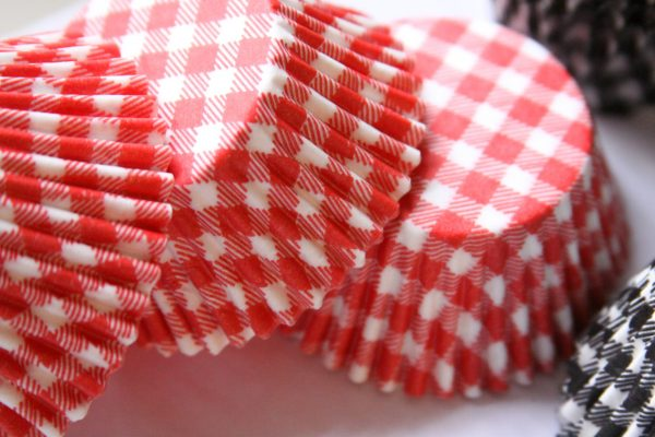 Gingham cupcake wrappers for an I do bbq or baby q