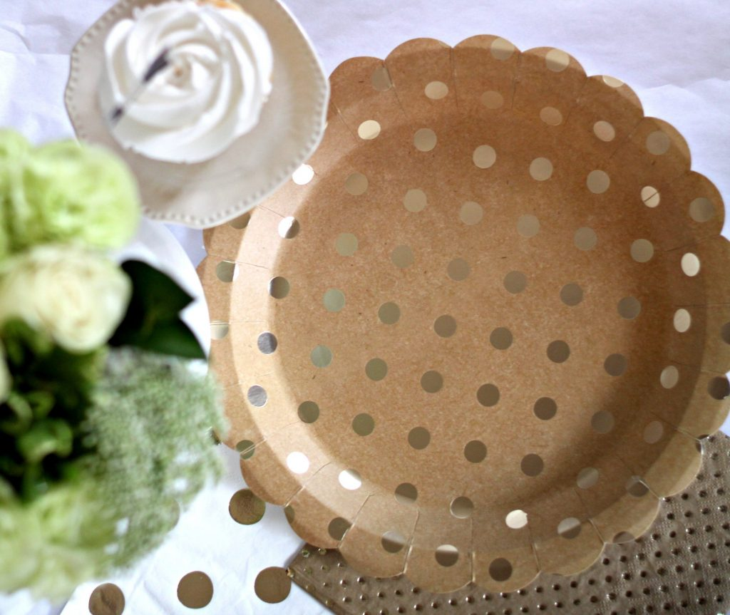 Gold polka dot on kraft brown paper plates perfect for a rustic wedding or thanksgiving tablscape.