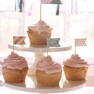 Cake stand full of cupcake for a shabby chic baby shower