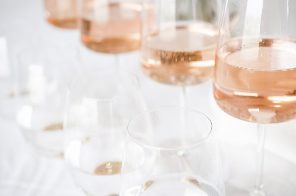 Rose All Day Late Summer Entertaining Blush Wines to Choose with Confidence