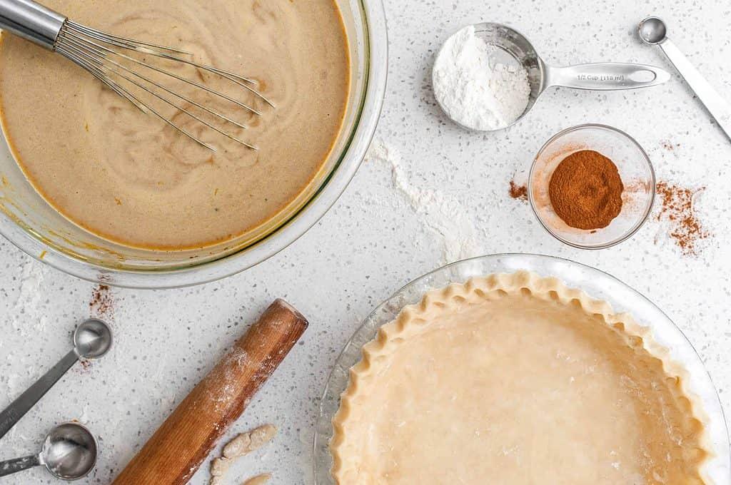 ingredients to make a pumpkin spiced pie
