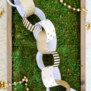 You are never too old to decorate with paper chains! These elegant gold and white paper chain kits are the perfect addition to decorate the tree